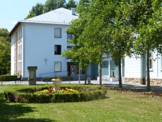 Slika bolnica Lipik i park