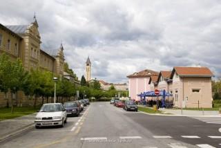Slika ulice grada Lipika