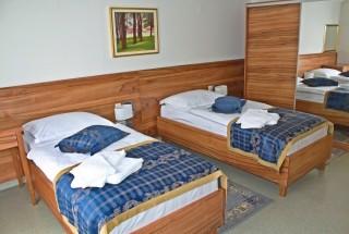 Slika smještaj dva kreveta